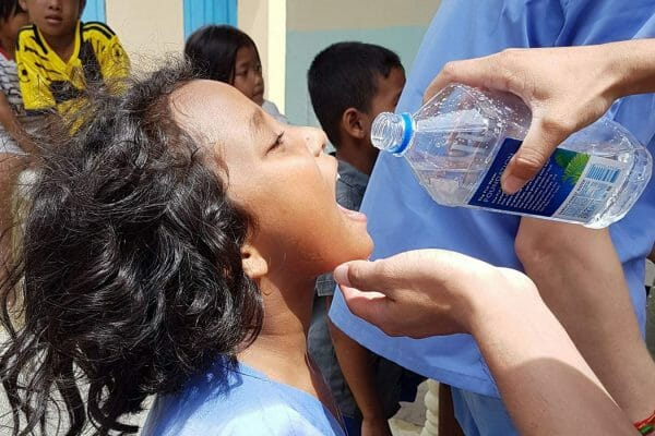 clean-water-girl-900pxtall